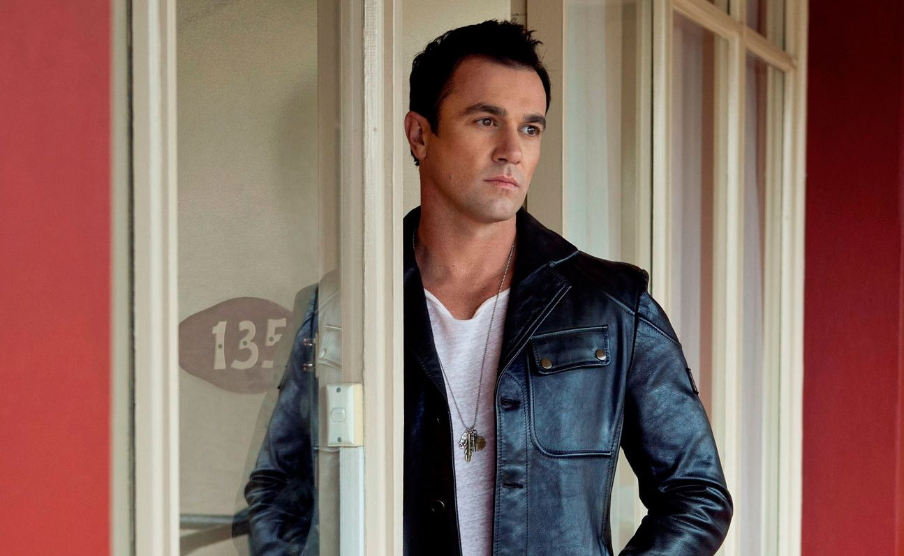 Shannon Noll will headline a great line-up of talent on the Gympie Muster's Main Stage, following The McClymonts.