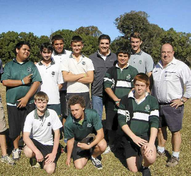 Mark Ippolito (far right), with ARL ambassador Mario Fenech, Kadina League Coach Gus Moncrieff on the left and some of the CAKE kids