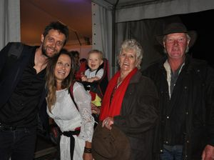 Competition winners meet Kasey Chambers
