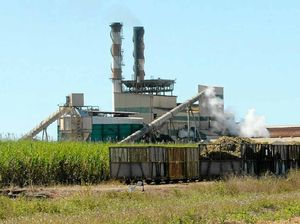 Stoush over Mackay Sugar's refinery supply
