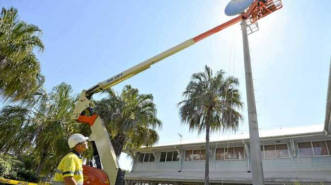 The old antenna at CQUniversity is making way for a new one to provide faster internet for Heron Island.