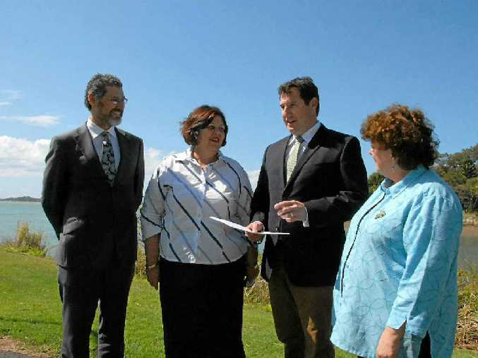 CQUniversity's Professor Chad Hewit, Mayor Gail Sellers, Environment Minister Andrew Powell and Member for Gladstone Liz Cunningham.