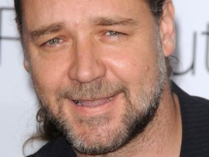 Russell Crowe UFO video