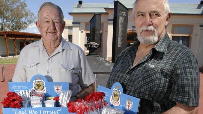 Volunteer Chas Clifford and Jnr Vice President Darryl Hawke of the Lismore RSL Sub Branch, raising money for Legacy Week with the sale of Poppies and Legacy Badges.