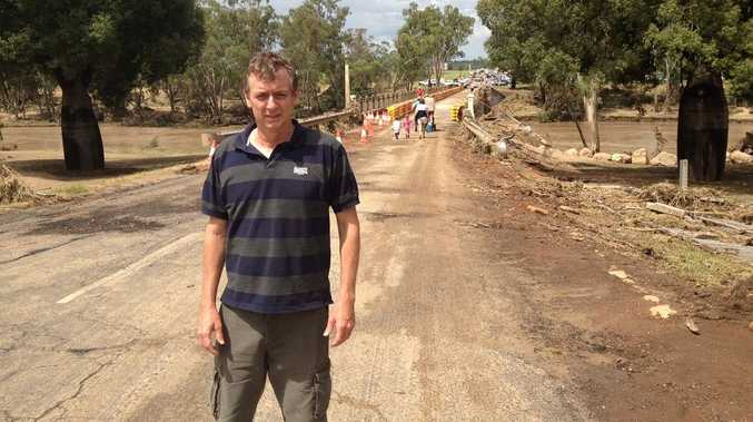 Former University of Southern Queensland journalism student Bruce Atkinson has won an award for his work on the western-Queensland floods.
