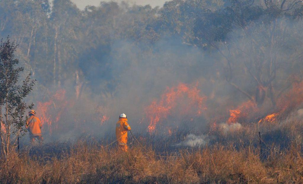 Bush fire at Murdering Creek Road, Peregian. Photo: Brett Wortman / Sunshine Coast Daily