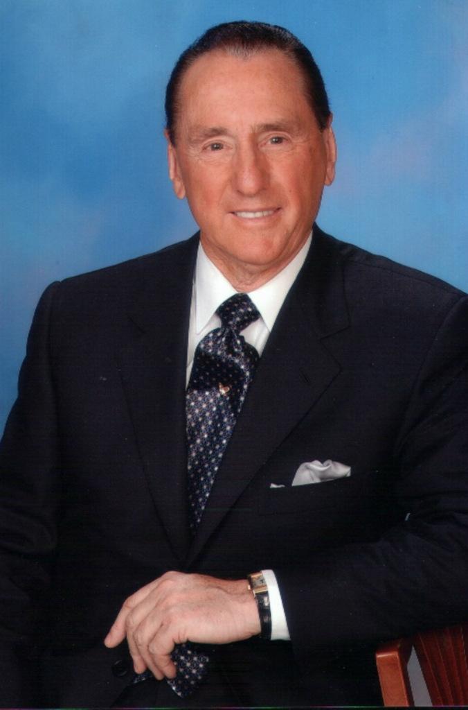 Motivational speaker Peter J Daniels.