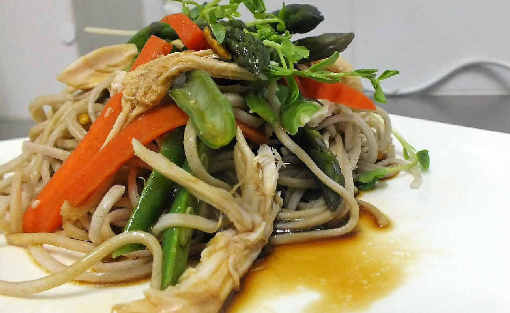 Soba noodles with fresh asparagus.
