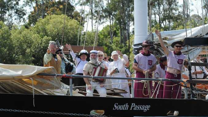 A makeshift Ariadne (South Passage) enters Maryborough in a re-enactment of the arrival of the first migrants.