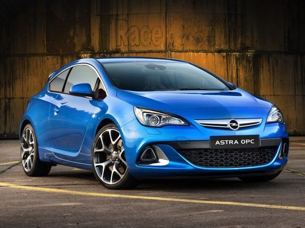 The Opel Astra OPC will arrive in showrooms early 2013.