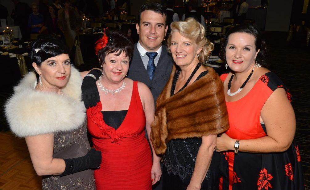 FUNDRAISER: Cathy Booth, Gay Limpus, Scott Bath, Lesley Bath and Kerri-Ann McNee at the Vintage Hollywood Gala Dinner. Photo: Scottie Simmonds / NewsMail