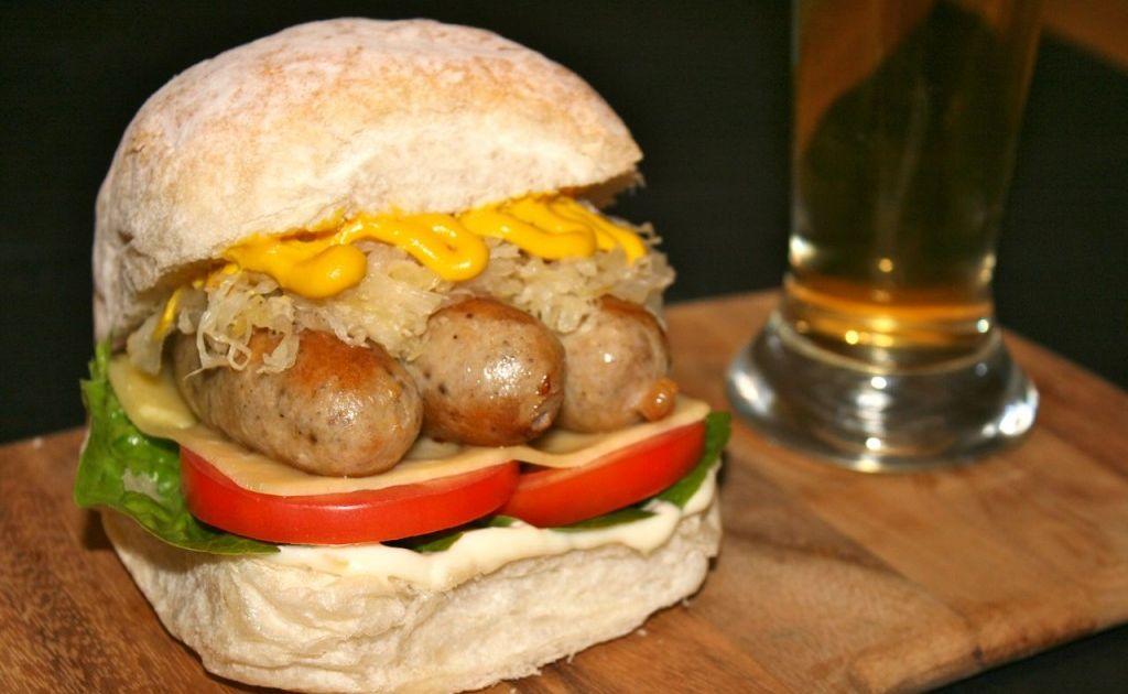 Miss Foodie's Bratwurst Burger