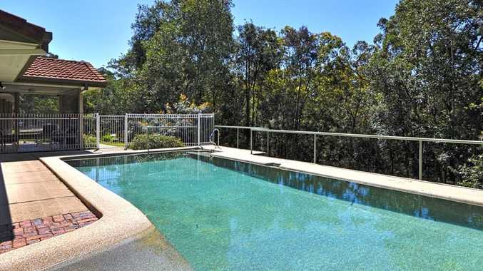 138 Mons School Road, Buderim is bordered by reserve, providing a peaceful sanctuary.