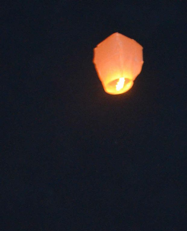 Chinese lanterns were released on the night of the UFO sighting.