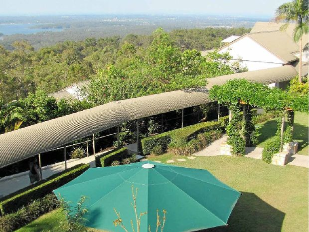 At Mercure Clear Mountain Lodge, there are blues and greens as far as the eye can see.