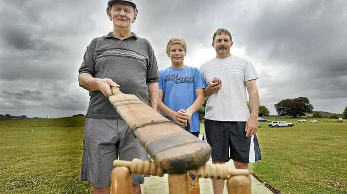 From left, Ray Savins, Matthew Savins (14) and Gary Savins, 3 generations of playing cricket in Nashua. Photo Mireille Merlet-Shaw / The Northern Star