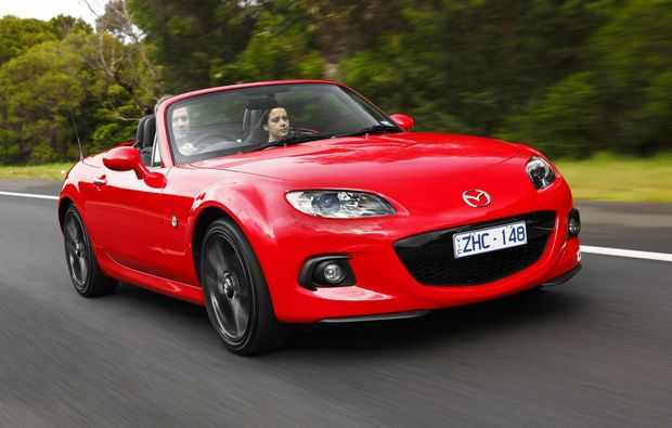 Mazda has refreshed its popular MX-5 sports convertible coupe.