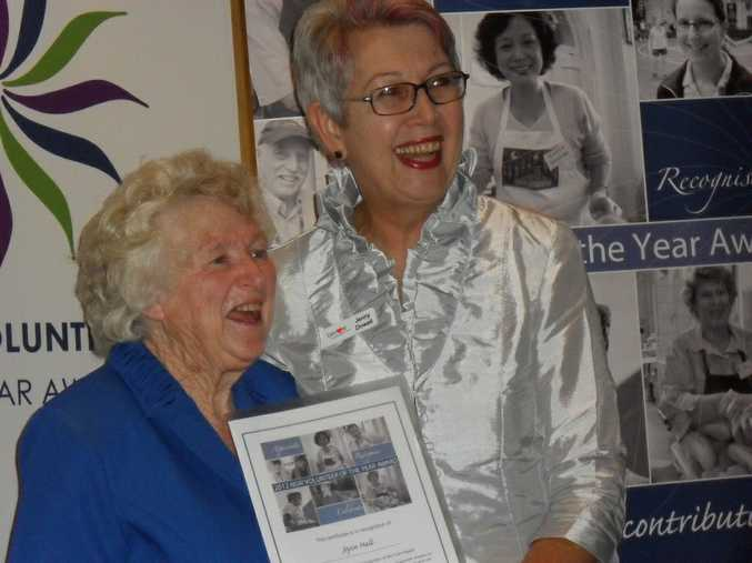Northern Rivers Senior Volunteer of the Year Joyce Hall and Mayor Jenny Dowell at the Northern Rivers Volunteer of the Year ceremony.