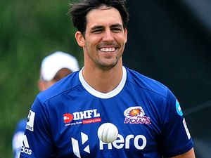 Coach Lehmann puts the Heat on pace bowler Mitchell Johnson