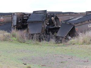 QR investigates after coal train derails at Biloela