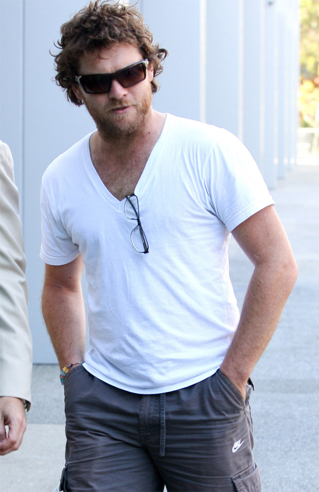 Sam Worthington tried to use celebrity status to escape arrest.