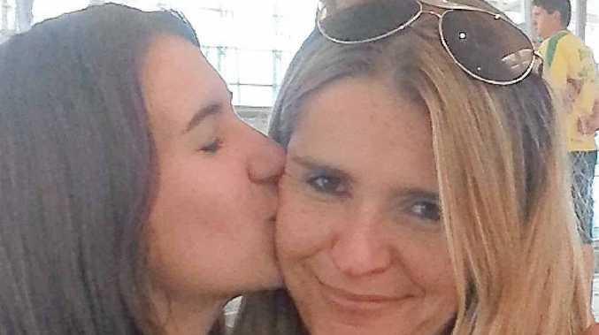 Jessie says goodbye to her mother Kylie.