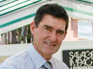 Senator calls Peter Wellington 'ineffective'