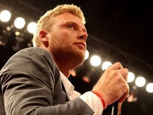 Flintoff sheds 11kg for heavyweight debut