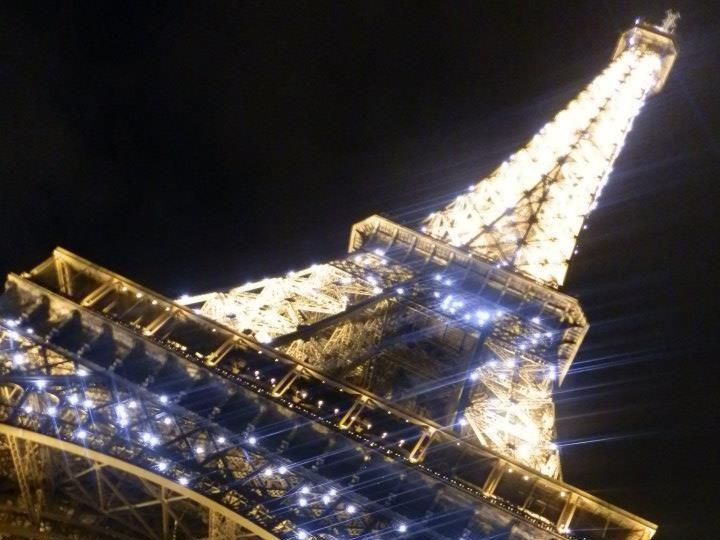 France foils terrorist plot to target Eiffel Tower