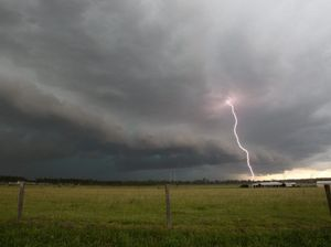 Severe storm warning for south east Queensland