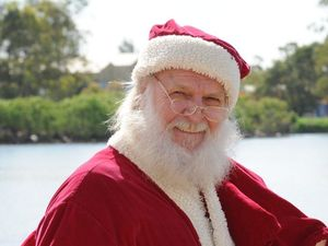 Man in Santa hat punches taxi driver at Airlie Beach