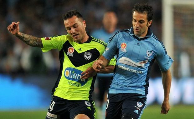 Sydney FC's Alessandro Del Piero (right) gets a pass away ahead of Billy Celeski of the Melbourne Victory during their round 6 A-League match at Alliance Stadium in Sydney on Saturday, Nov. 10, 2012. (AAP Image/Paul Miller) NO ARCHIVING