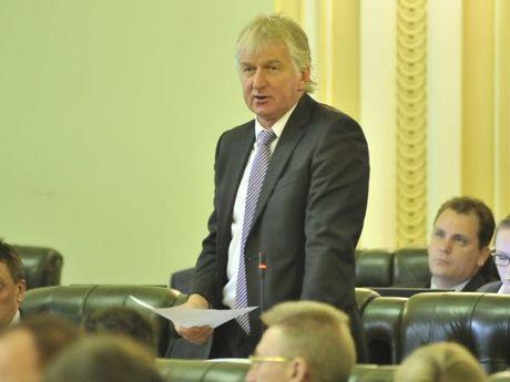 Katter's Australian Party Ray Hopper speaking in parliament.