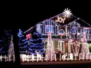 Extreme Christmas lighting