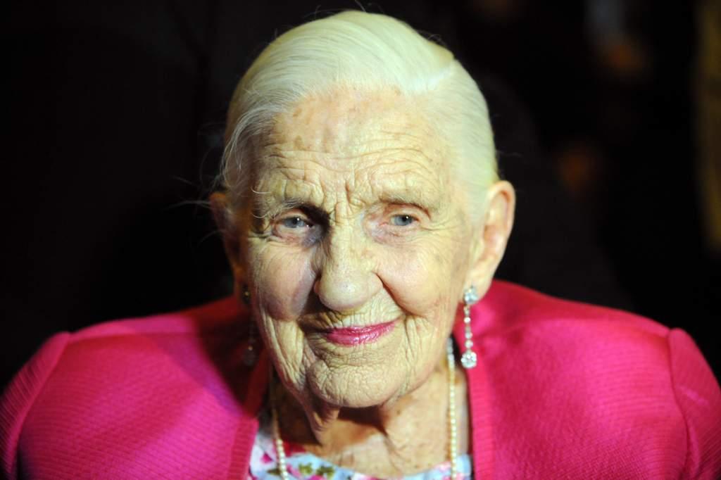 Dame Elisabeth Murdoch on her 103 birthday. (AAP Image/Joe Castro)