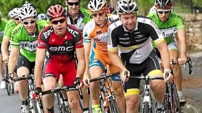 Cadel Evans and Henk Vogels training in Brisbane last week.