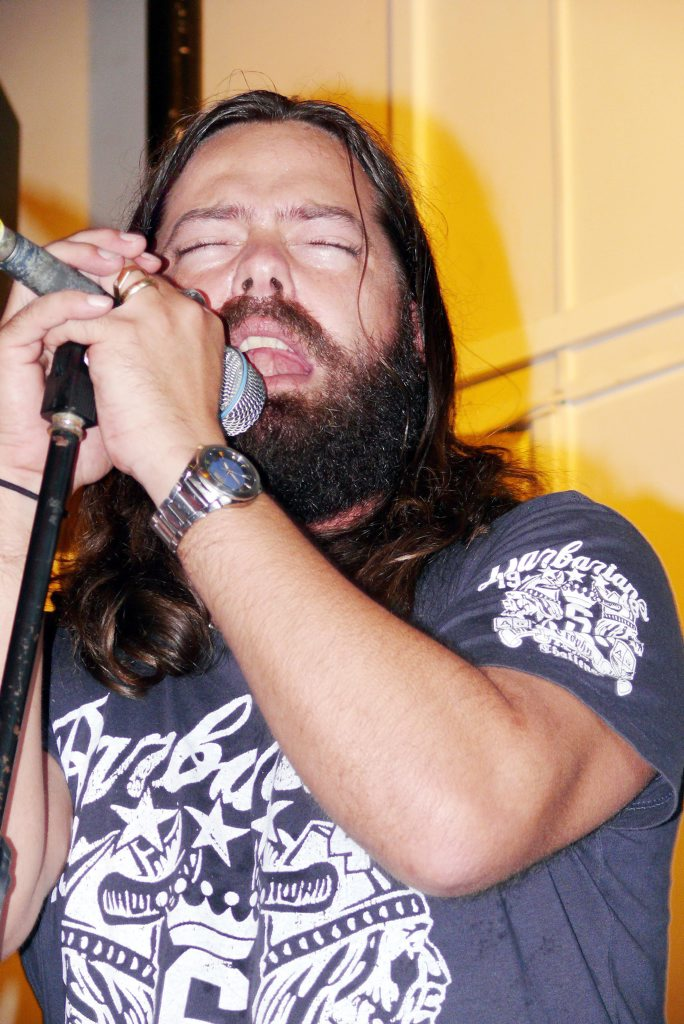 Dogwood Crossing lead vocalist Tim Earle. The band will perform at Hoolihans on Saturday night.