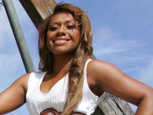 Paulini set for Bundy Christmas carols
