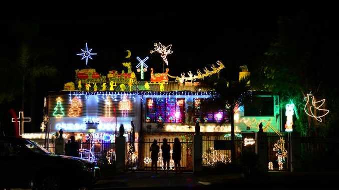 People enjoying the Mason Street Lights. The Morning Bulletin Christmas Lights 2012. Photo Sharyn O'Neill / The Morning Bulletin