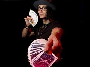 Magician reveals insider's tricks
