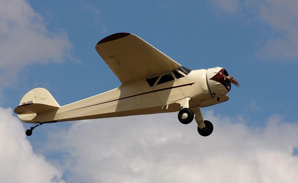 Vintage Cessna Airmaste.