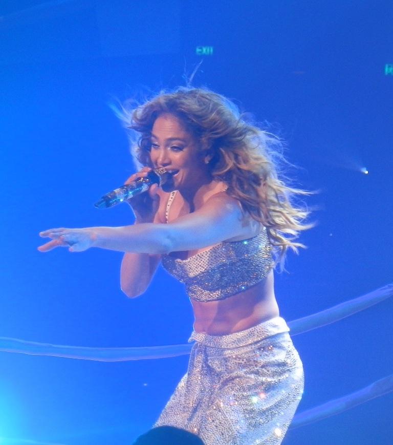 Jennifer Lopez dazzles fans at her last show in Australia at the Brisbane Entertainment Centre.