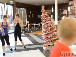 'Naughty' Christmas tree gives Gympie shoppers a scare
