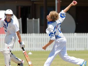 Bowler spurred on by teammates to grab 2-19