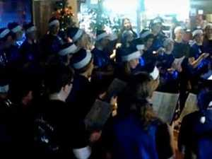 Cambrian Youth Choir sing Carols