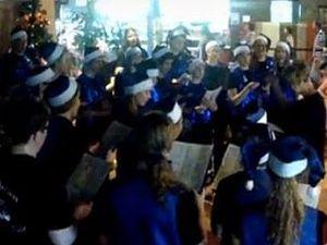 Cambrian Youth Choir sing Carols