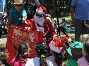 Hundreds gather for Christmas lunch at The Pines