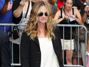 Julia Roberts starstruck by Kings of Leon