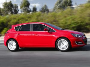 Opel Astra Turbo is a little gem when it comes to thrills