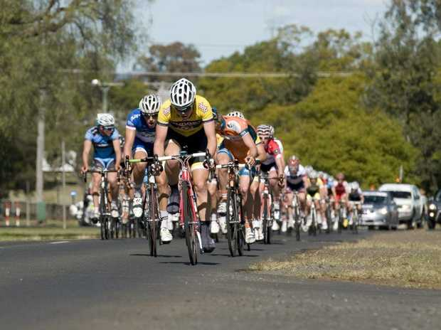 The 2012 Tour of Toowoomba peloton makes its way to the Bunya Mountains.